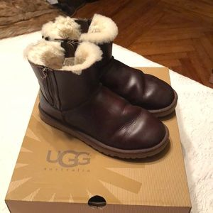 Shoes - Classic Mini Leather UGG Boot with double zipper